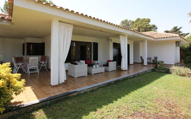 Villa Mussol for tranquility, casa vacanza a Mal Pas