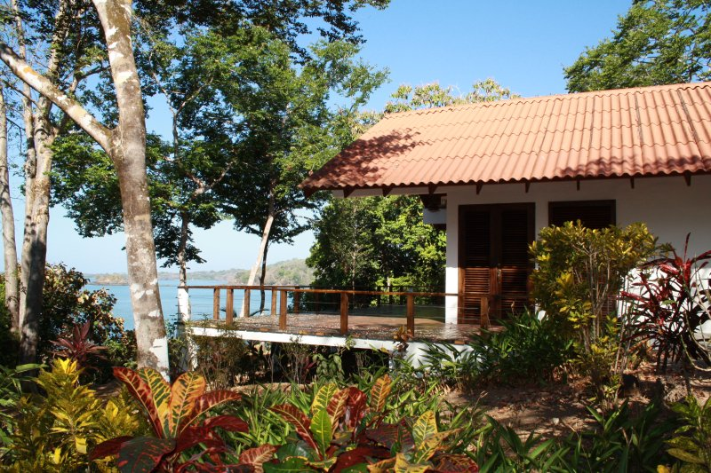 Isla Boca Brava, Casa Leon, living in a little wilderness, Boca Chica, beach, location de vacances à Chiriqui Province