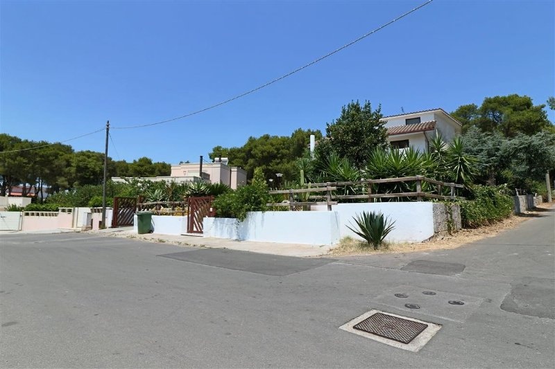 Villa for rent in Salento a Matino near Gallipoli in a panoramic area immersed i, vacation rental in Matino