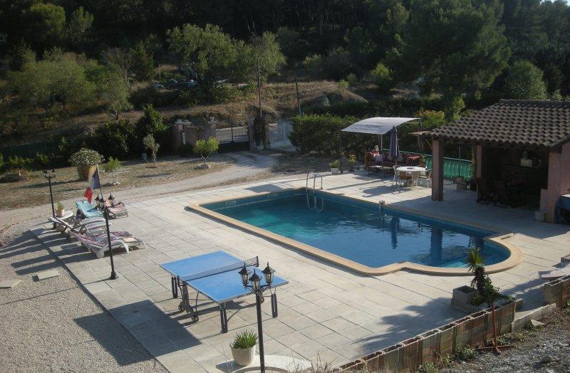 Appartement  avec piscine privée 5 PERS.  MAXI, alquiler vacacional en Roquefort-la-Bedoule