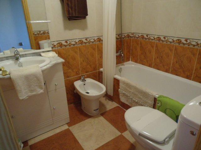 familia cuarto de baño