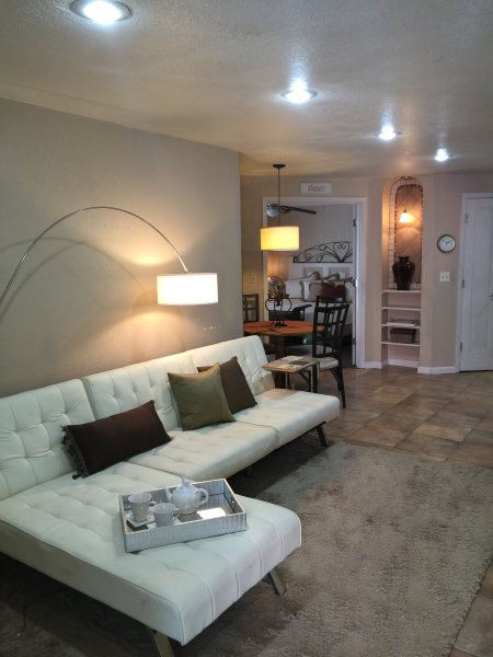 TuscInn-2-BR Charming Guest House, vacation rental in McCloud