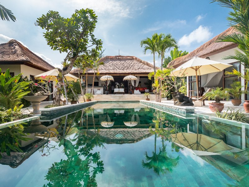 Affordable 3 bdrs in Canggu - Villa Tibu Indah, holiday rental in Tanah Lot
