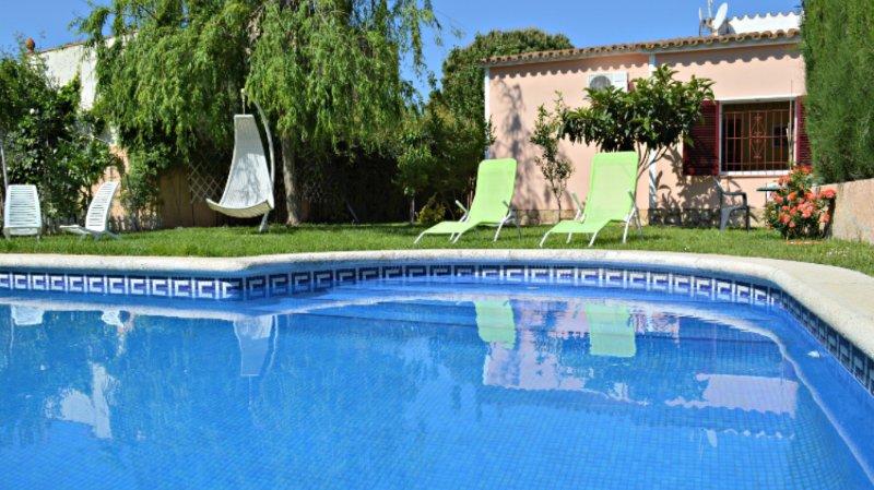 Casa con piscina y jardin privado, location de vacances à Sant Miquel de Fluvia