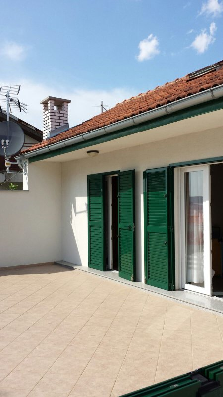 Apartment Leona  Apartment Leona 2 is approx. 45 m2 large.Very near beach with very nice view.