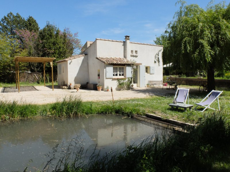 La maison de Flo, Gîte en Provence, Ferienwohnung in Mazan