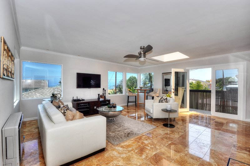 Spectacular Ocean View Beach Home w Panoramic View..Walk to the Beach, vacation rental in Laguna Beach