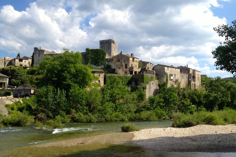 Take a stroll through the most beautiful village of France like Monclus