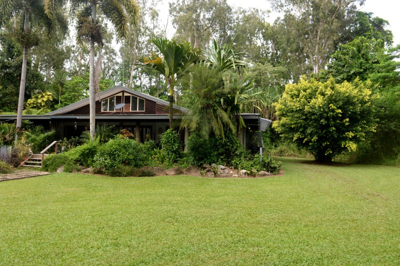 The Chantra - your holiday stay in the tropics surrounded by rainforest just minutes from the beach.