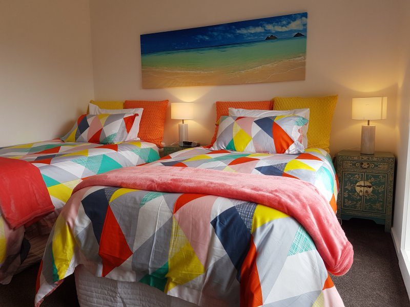 Ocean Beach Villa - Luxury Boutique Holiday Accommodation, holiday rental in Hawley Beach