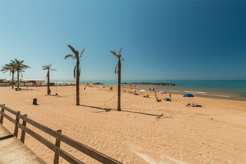 Spiaggia a 5 minuti dal Residence