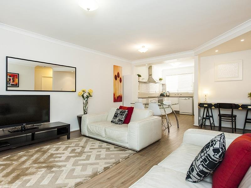 Forrest St, holiday rental in Tuart Hill