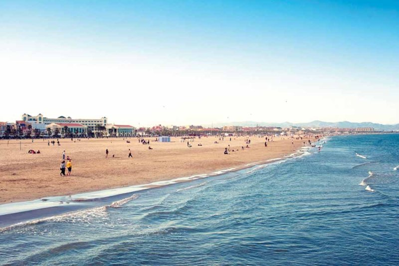 Dintorni. Spiaggia di Malvarrosa. Dintorni. Spiaggia di Malvarrosa.