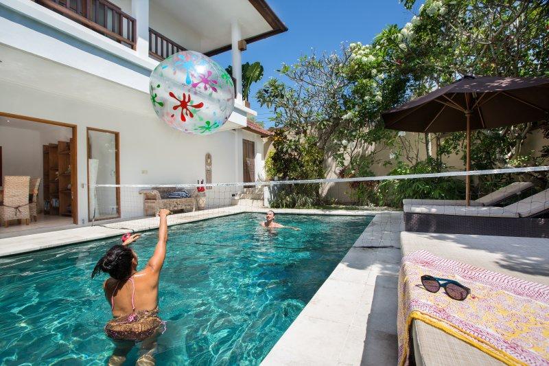 Temple Estate; 7 Bedroom Villa, Echo Beach., vacation rental in Abiansemal