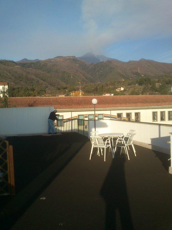 terraço com cinzas vulcânicas