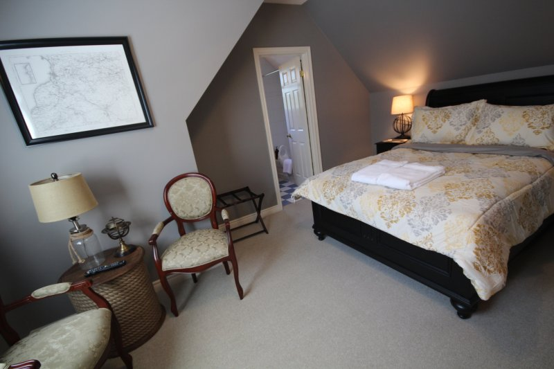 St. Andrews House, B and B, The Map Room, holiday rental in Burt