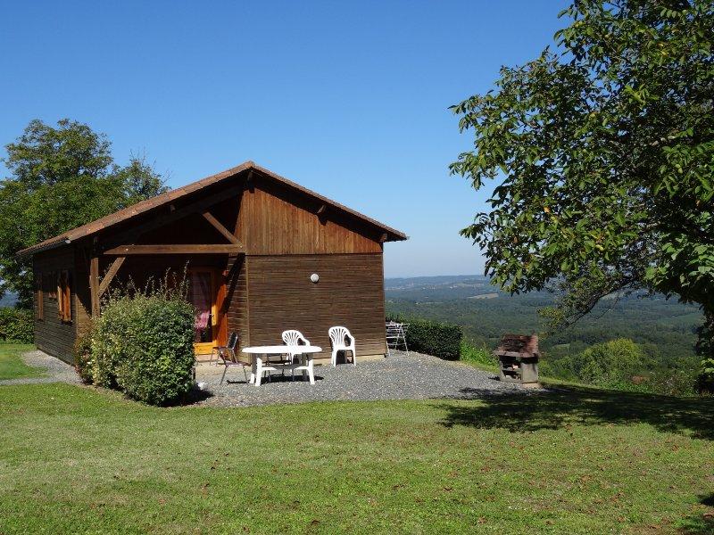 Gites de Vacances en Dordogne Périgord Noir, casa vacanza a Teillots
