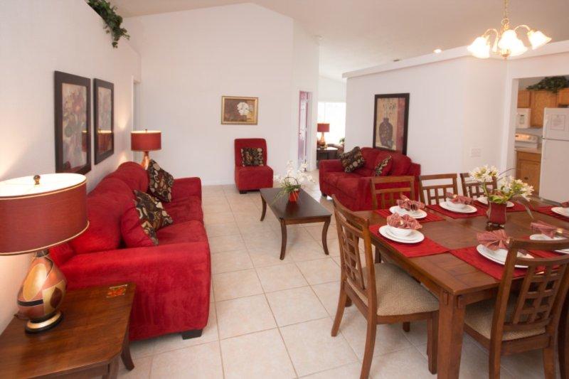 The Living Room en Eetkamer