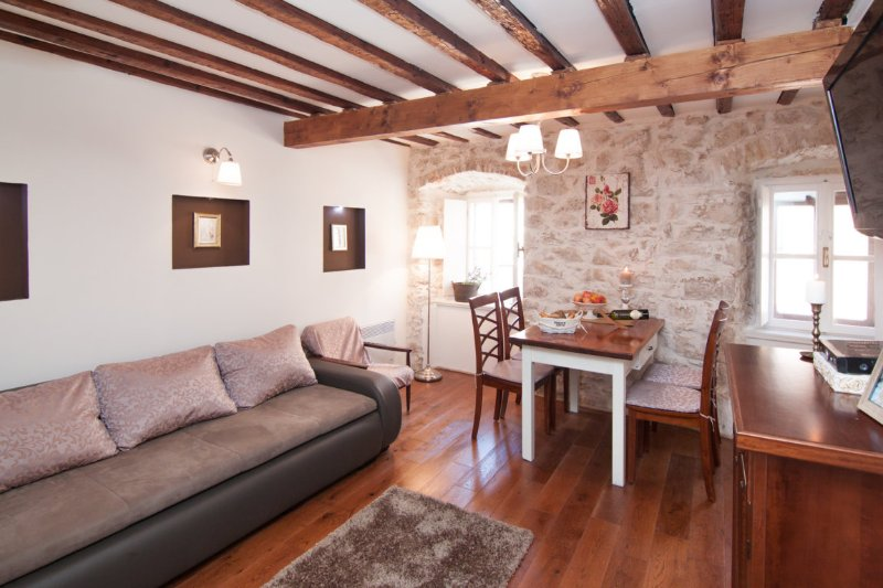 Apartment Lufra, holiday rental in Lozovac