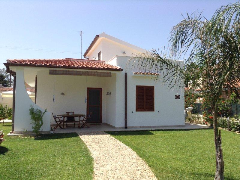 Belle villa avec jardin, près de la mer
