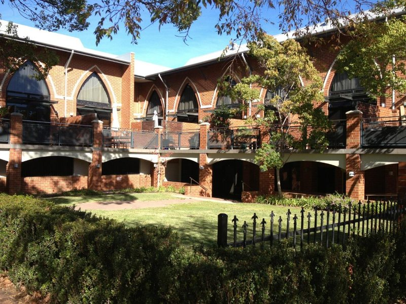 Cloisters, holiday rental in Subiaco