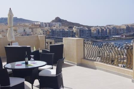 Terrace - not a balcony! Dine in style