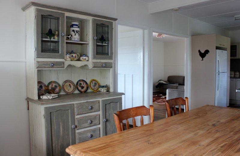 Komplett kök och matsal