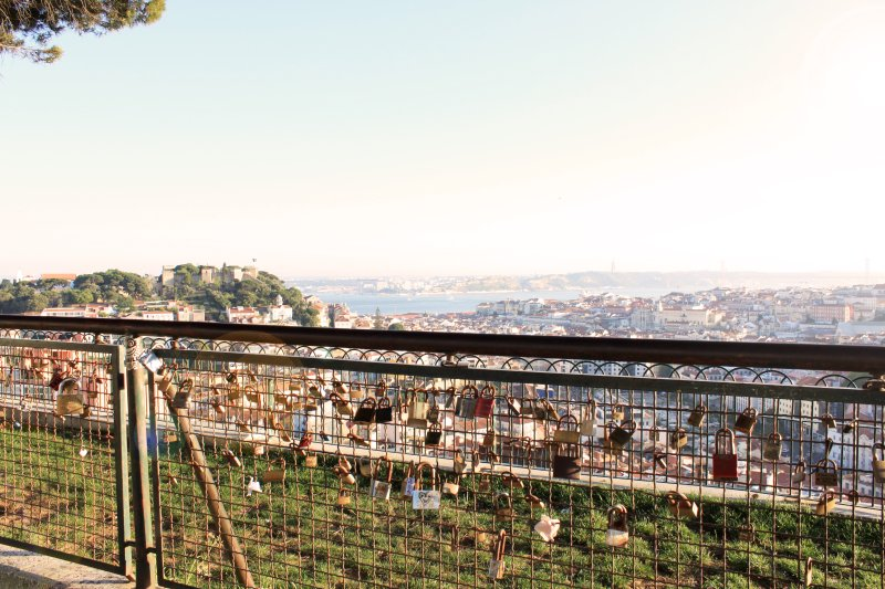 Viewpoint 'Senhora do Monte' - Best view over Lisbon just a few steps