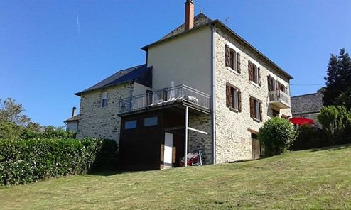 GITE LA CHARTROULLE, holiday rental in Saint-Pardoux-l'Ortigier