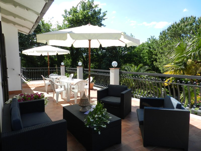 B&B VILLA MARIA RELAX E CONFORT, holiday rental in Terni