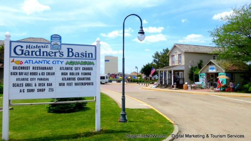The Fun and Historic Gardner's Basin area that is less than a 10-minute WALK!