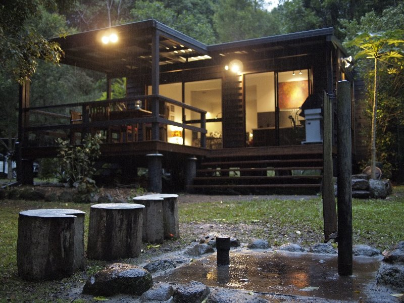 Wongari Eco Retreat: private and secluded rainforest getaway, casa vacanza a Scenic Rim