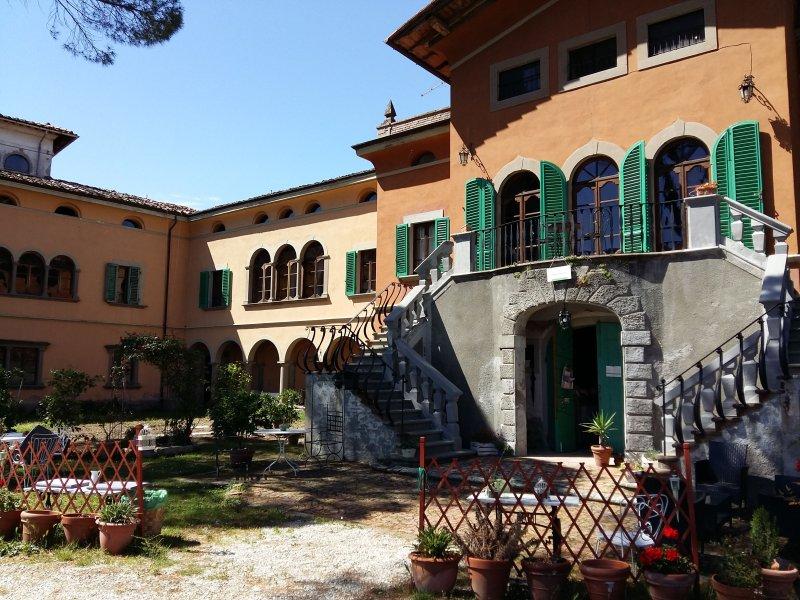 Villa Colle Olivi - il poeta, vacation rental in Pescia