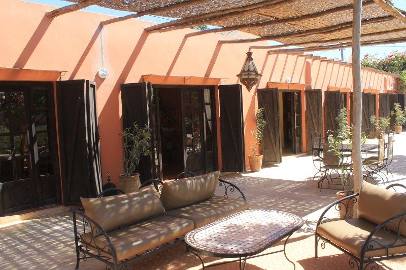 bungalow 50m2 , avec terrasse 30m2,, alquiler de vacaciones en Ait Melloul
