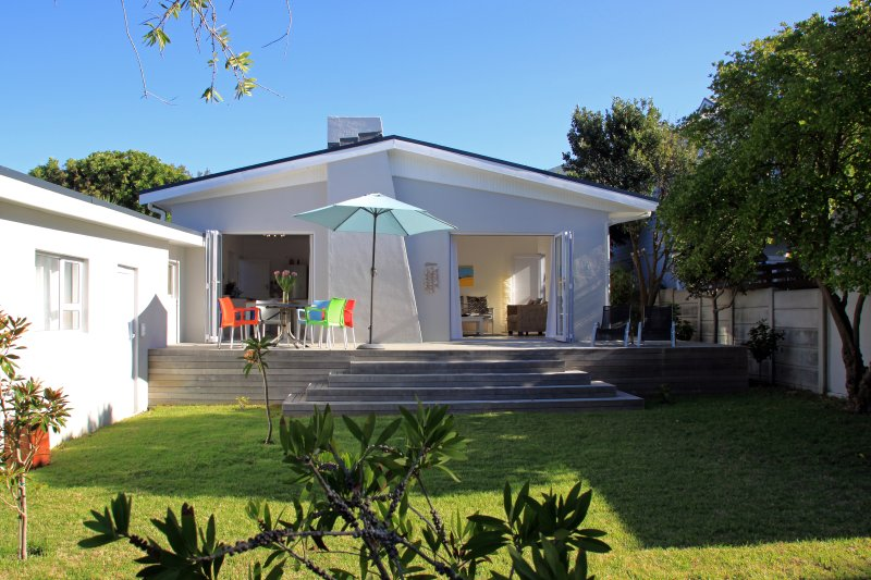 Aloha-Kommetjie - relax and enjoy garden and outdoor living!