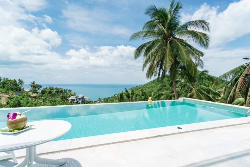 Villa Melo [upper villa]  3br, sea view, pool, gym, vacation rental in Chaweng