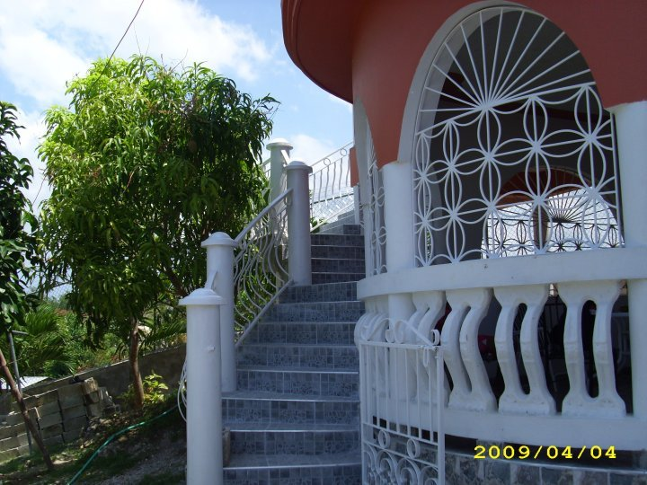 beautiful well equiped  1 bedroom apartements, vacation rental in Negril