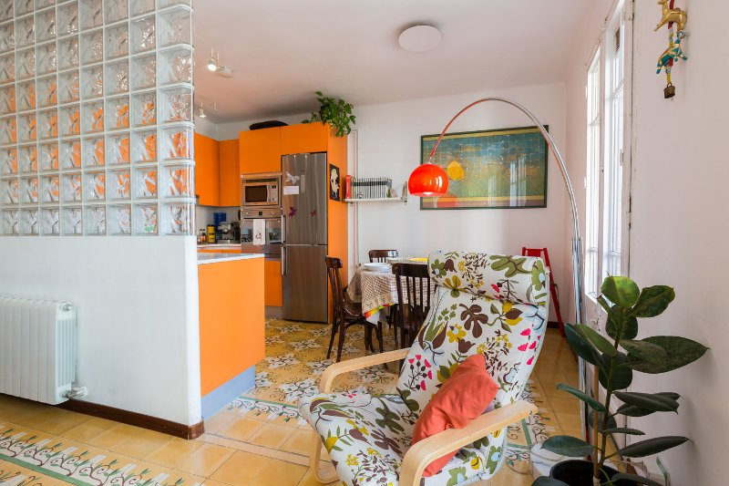 My Home in Barcelona - 10% discount for families!, vacation rental in Barcelona
