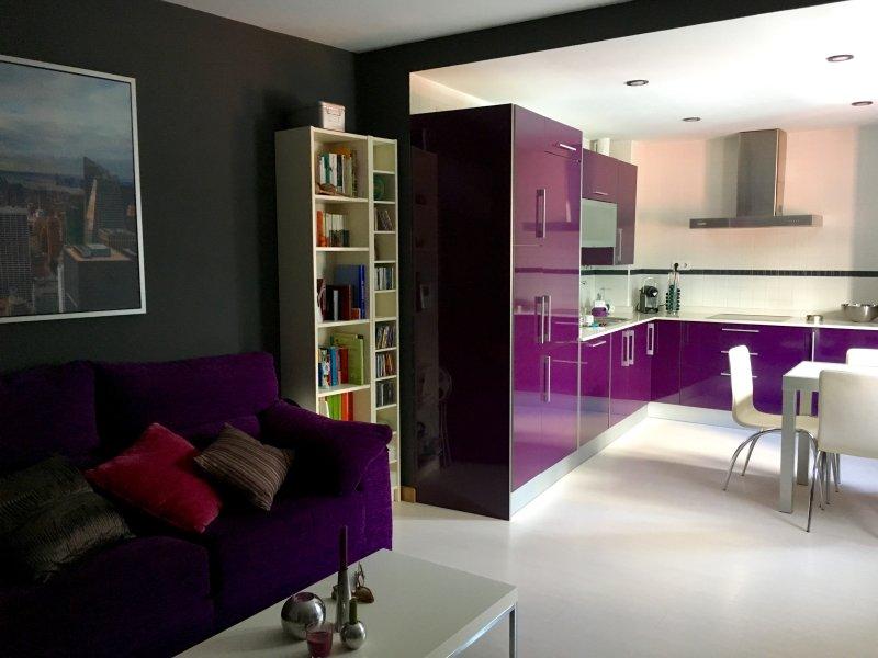 Apartamento nuevo pleno centro Cádiz con garaje, casa vacanza a Cadice