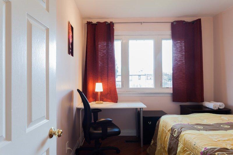 # 1 dormitorio con cama de matrimonio