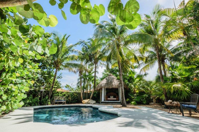 Casa Coco Garden Getaway