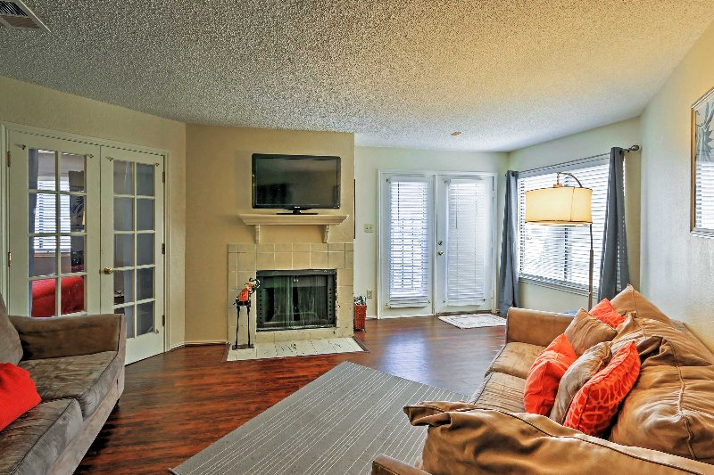 Experience the best of Texas by staying in this Arlington vacation rental condo!