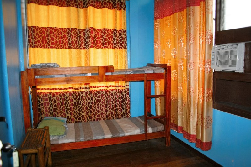 Basic and Budget and comfortable Aircon Room with Bunkbeds for 2 persons.