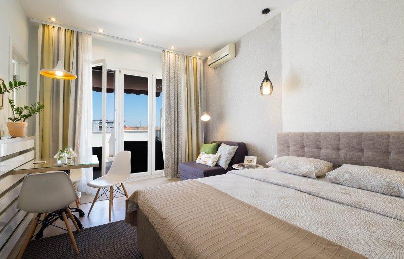 Brand new Studio-Apartment mit wunderschönen großen Terrasse mit Blick auf Knez Mihailova Fußgängerzone