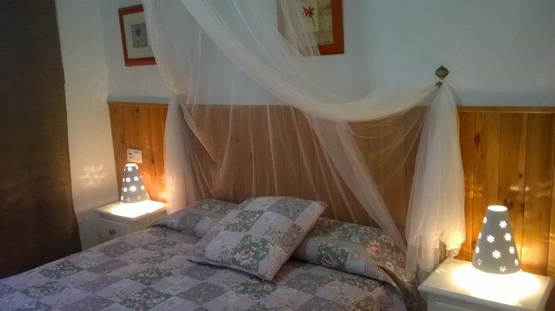 13 A Bajo con Jardín en Atlanterra,Wifi, A/A, Mar Plata, holiday rental in Zahara de los Atunes