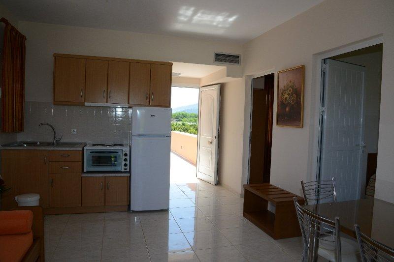 (No5) Maria's Filoxenia Suites -Two Bedroom Apartment 4p, location de vacances à Iria