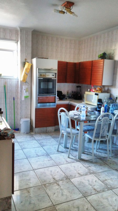 Large kitchen with table for 6 people (in the room also features table