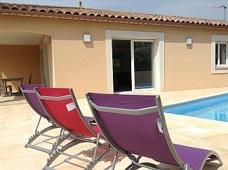 Villa climatisée, avec piscine pour 8 personnes,, location de vacances à Neffiès