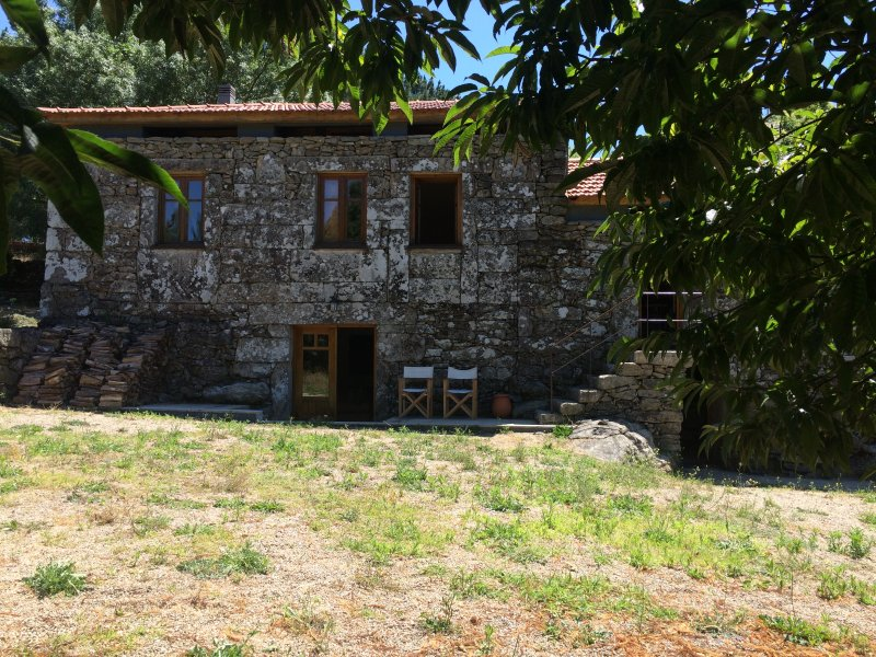 Casa das Bouças2 - Casa de Campo - Alvaredo/Melgaço, aluguéis de temporada em Crecente