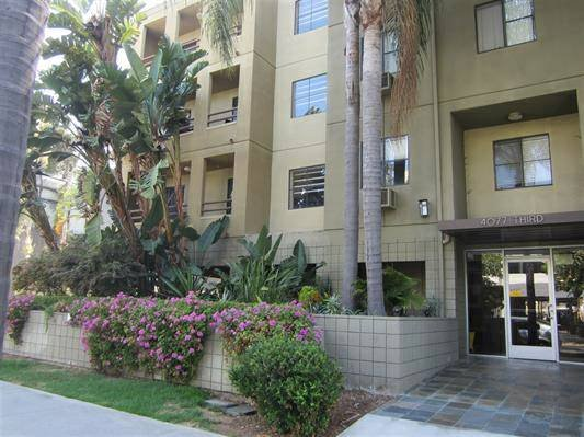 Hillcrest Condo. Near Sea World, the Zoo and mission, Pacific, ocean beach. Enjoy.